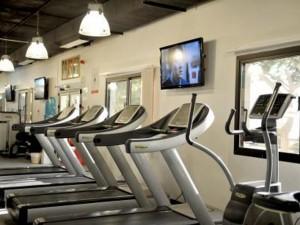 مركز اللياقة البدنية بالبوليتكنك جزءًا من مجتمع الكلية صحيًا وأكاديميًا