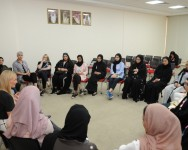 """Bahrain Polytechnic Hosts Think Pink's """"iCheck"""" Session"""